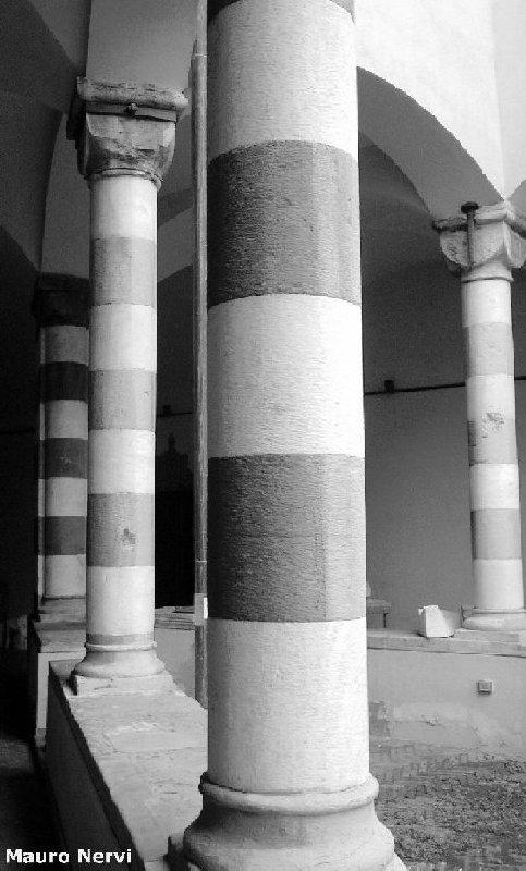 "фото ""Churchs in bw"" метки: архитектура, пейзаж,"