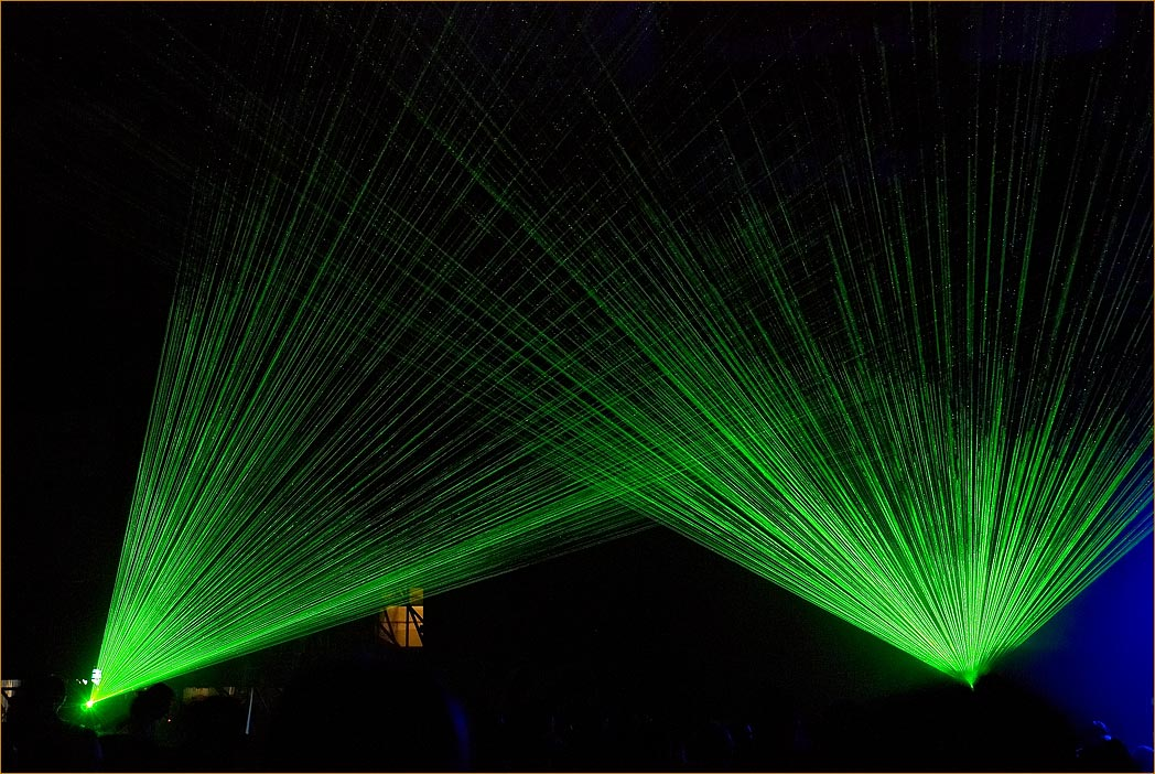 "photo ""Lazer Show. Emmaus 2007."" tags: reporting,"