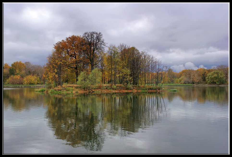 "photo ""small island"" tags: landscape, autumn, water"