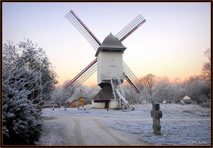 "фото ""wind mill in the winter !"" метки: пейзаж, архитектура, зима"
