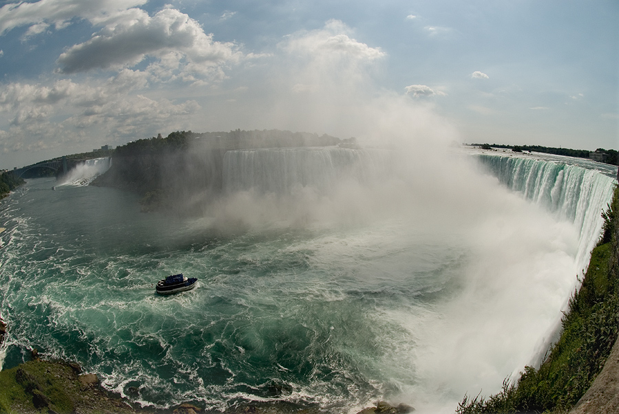 "photo ""Niagara Falls"" tags: landscape, water"