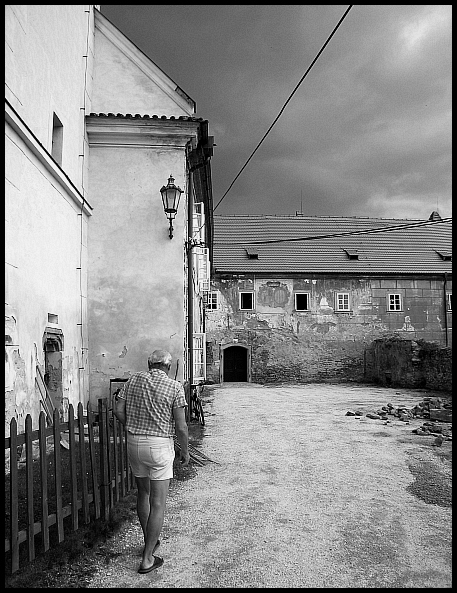 "photo ""senior on hacienda..."" tags: travel, black&white, Europe"