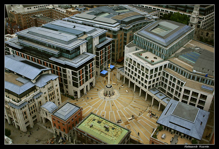 "photo ""view from the Cathedral in London"" tags: travel, architecture, landscape,"