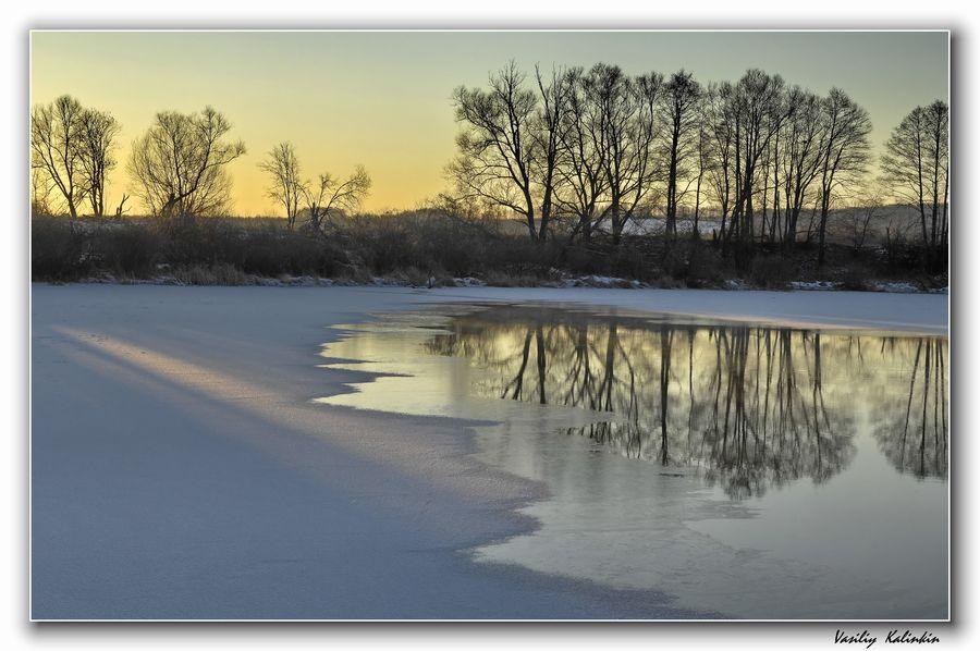"""фото """"Первый луч"""" метки: пейзаж, вода, зима"""