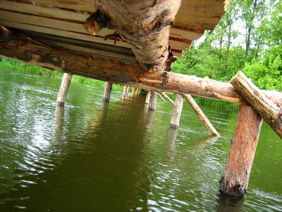 """photo """"Under bridge"""" tags: landscape, water"""