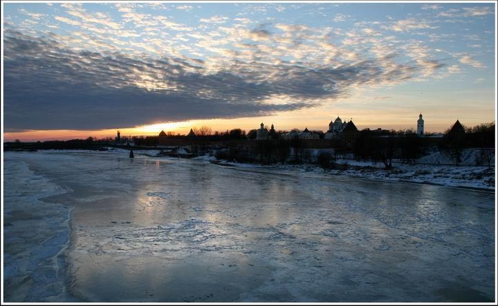 "photo ""***"" tags: landscape, city, sunset"