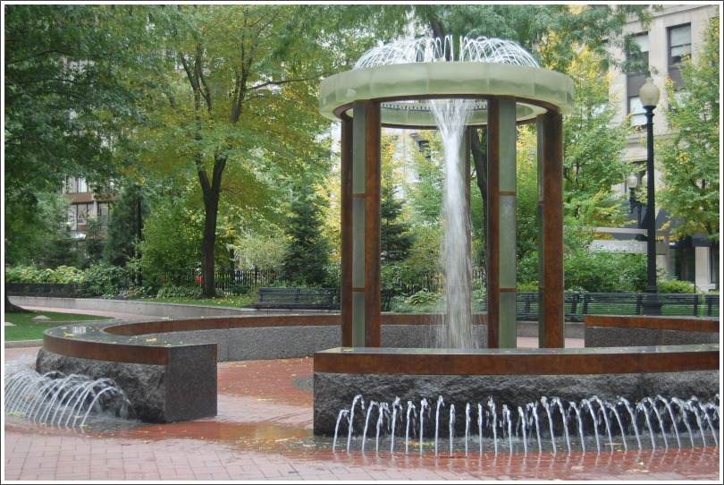 "photo ""fountain"" tags: city,"