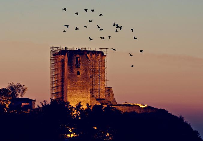 "photo ""Castle Pythio"" tags: landscape, night"