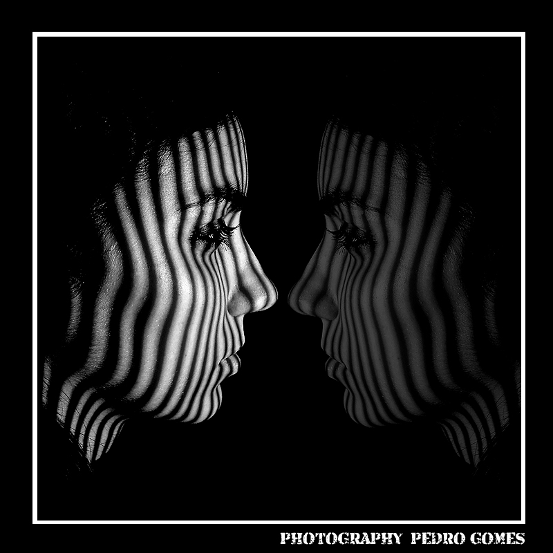 "photo ""BLACK MIRROR"" tags: portrait, black&white, woman"