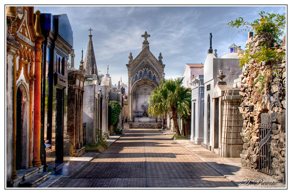 "photo ""Recoleta"" tags: city, travel, South America"
