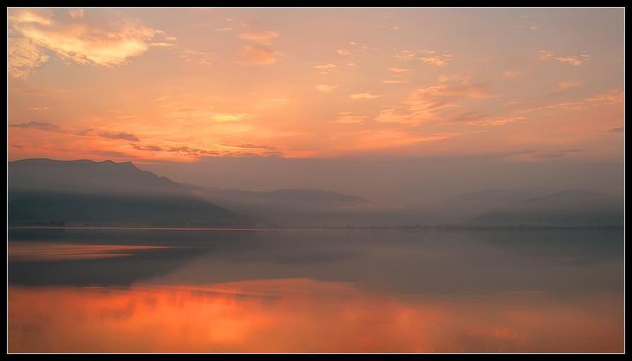 """фото """"Туманное утро"""" метки: пейзаж, вода, закат"""