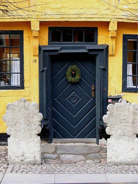 """фото """"The door."""" метки: репортаж,"""