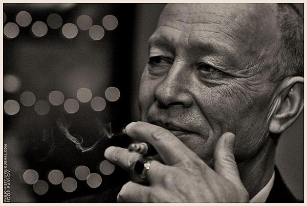 "фото ""Cigarette Smoking Man"" метки: портрет, репортаж, мужчина"