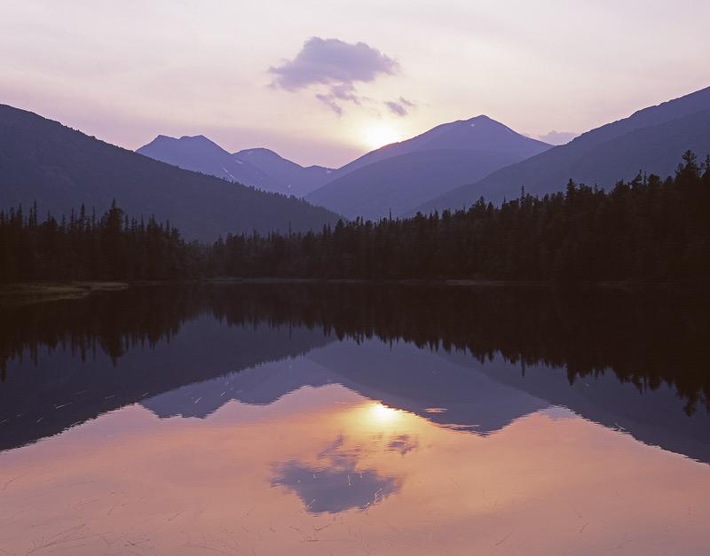 """фото """"Озеро в долине реки Манья."""" метки: пейзаж, горы"""