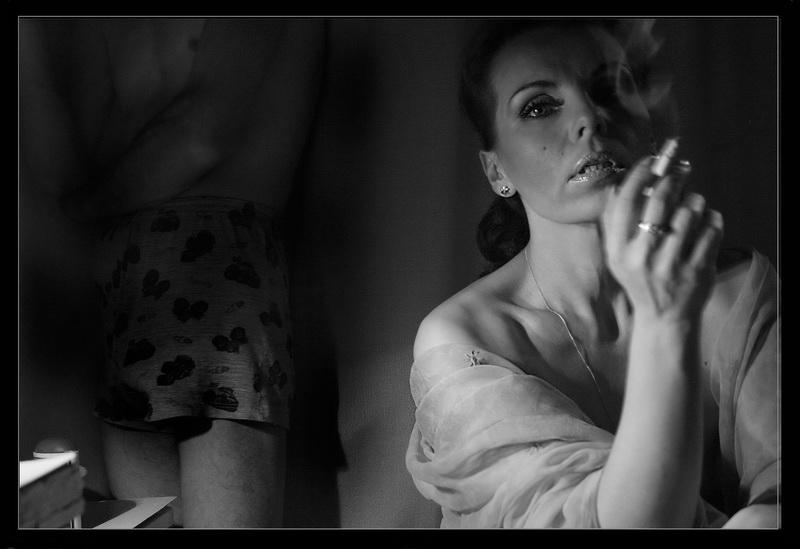 """фото """"Conversation at night"""" метки: жанр, черно-белые,"""