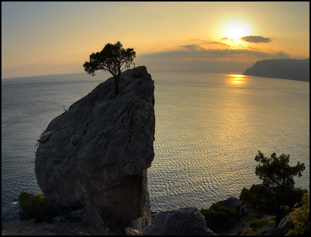 """фото """"провожая солнце..."""" метки: пейзаж, вода, горы"""