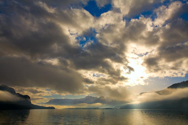 """фото """"Облака над озером"""" метки: пейзаж, путешествия, Европа, облака"""