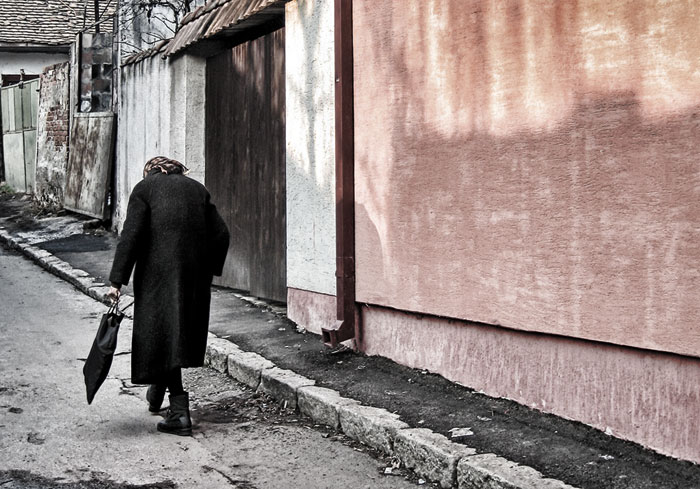 "photo ""old lady"" tags: ,"