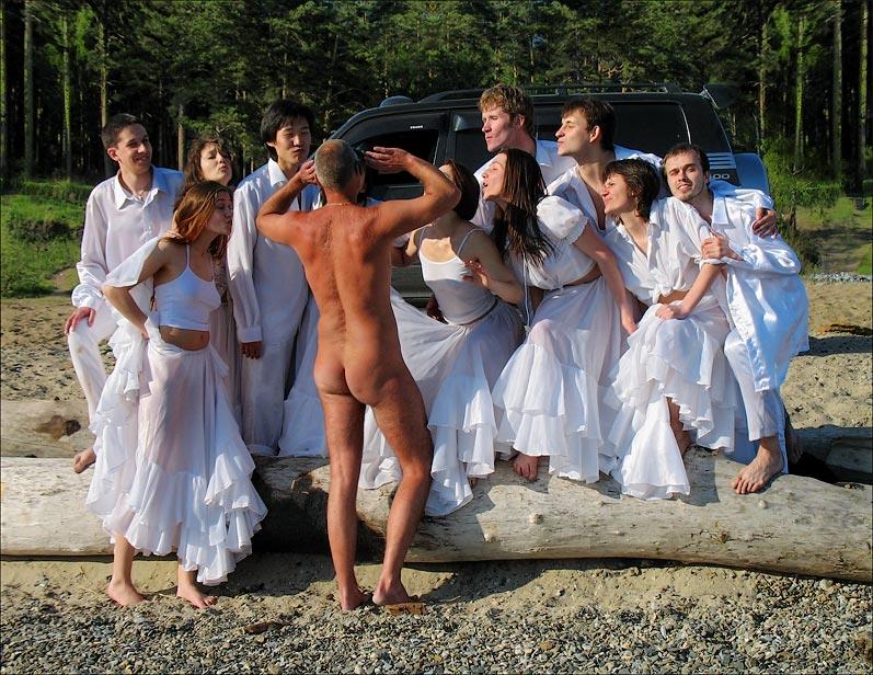 "photo ""***"" tags: nude, humor,"