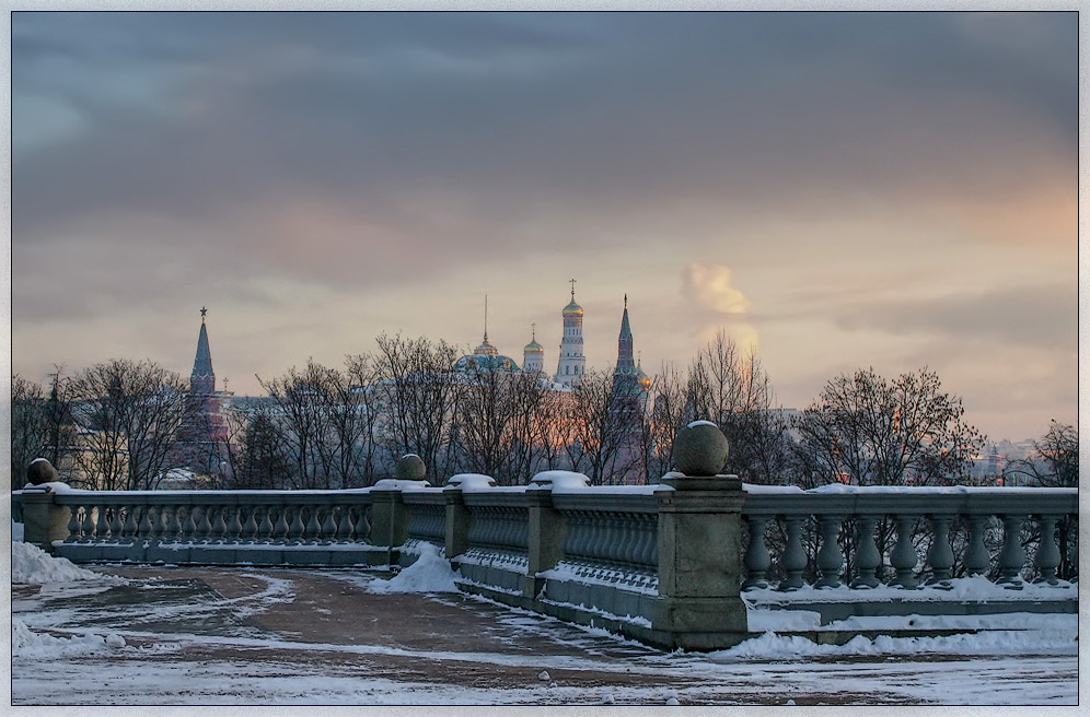 "photo ""Moscow, Kremlin. Morning"" tags: architecture, city, landscape,"