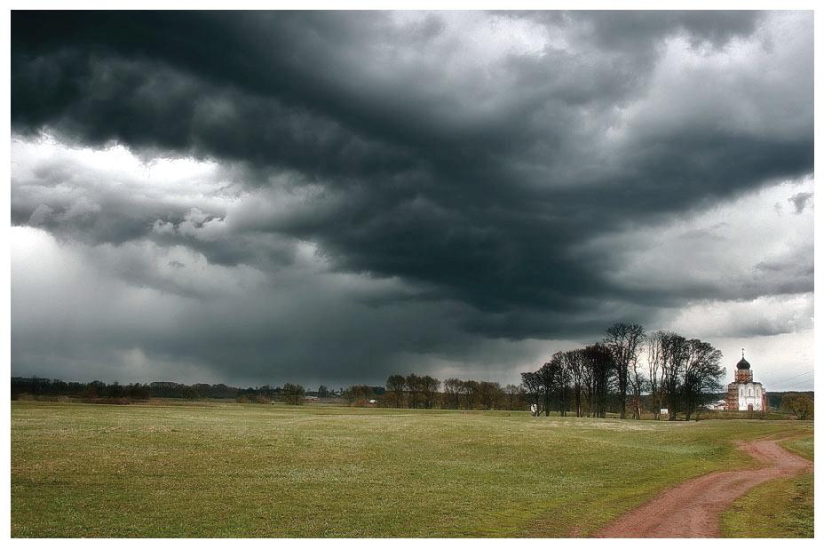 """фото """"Церковь Покрова на Нерли"""" метки: пейзаж, весна, облака"""