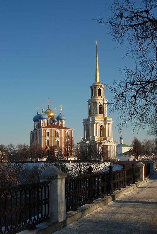 "photo ""Riazan' Kremlin view"" tags: travel, architecture, landscape,"