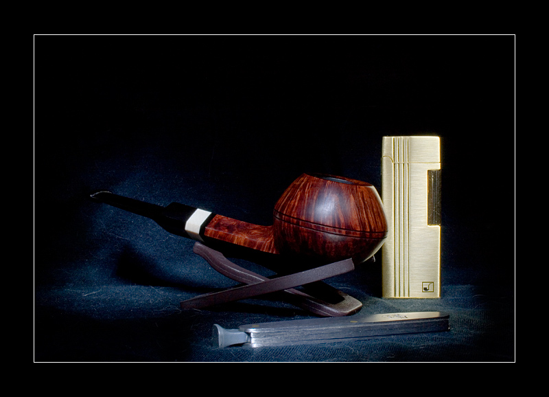 "photo ""Pipesmoker's set"" tags: still life,"