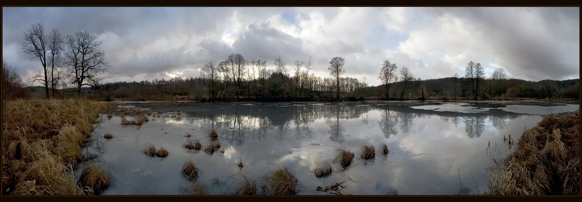 """photo """"The end of January."""" tags: panoramic, landscape, water"""