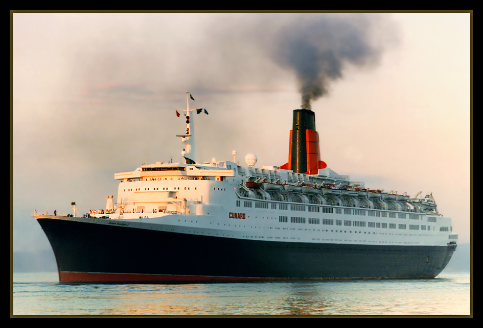 "photo ""Queen Elizabeth 2"" tags: landscape,"