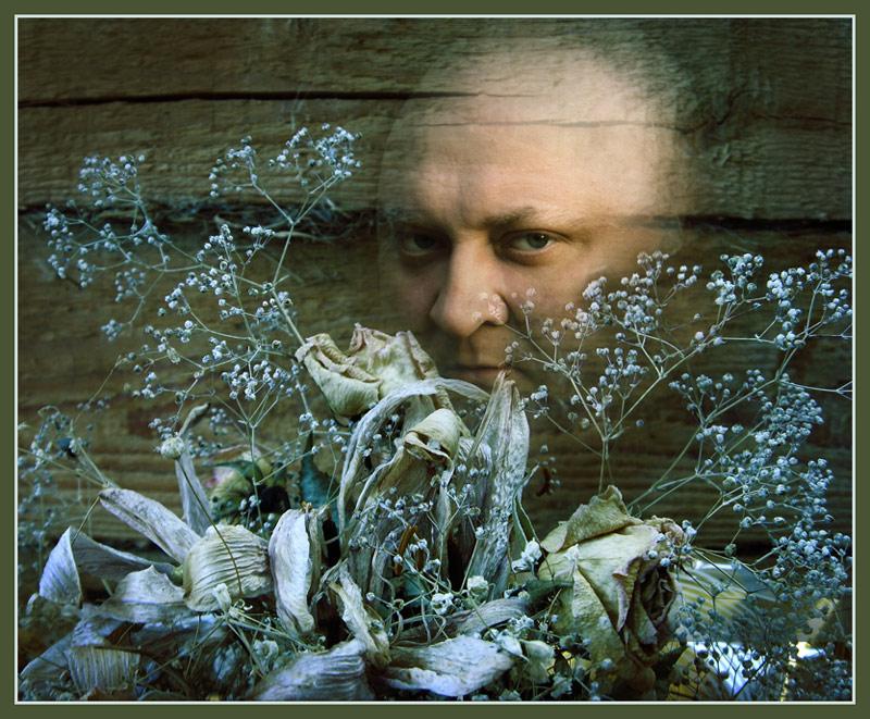 """photo """"hidden"""" tags: portrait, montage, man"""