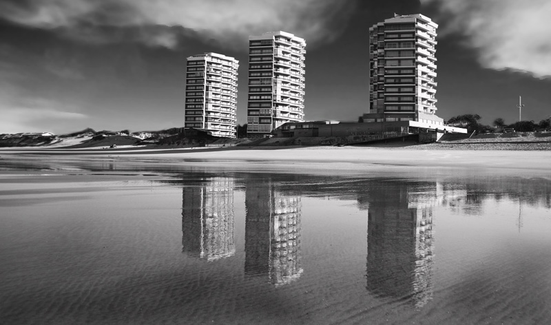 "photo ""Torres de Ofir"" tags: black&white, travel, Europe"