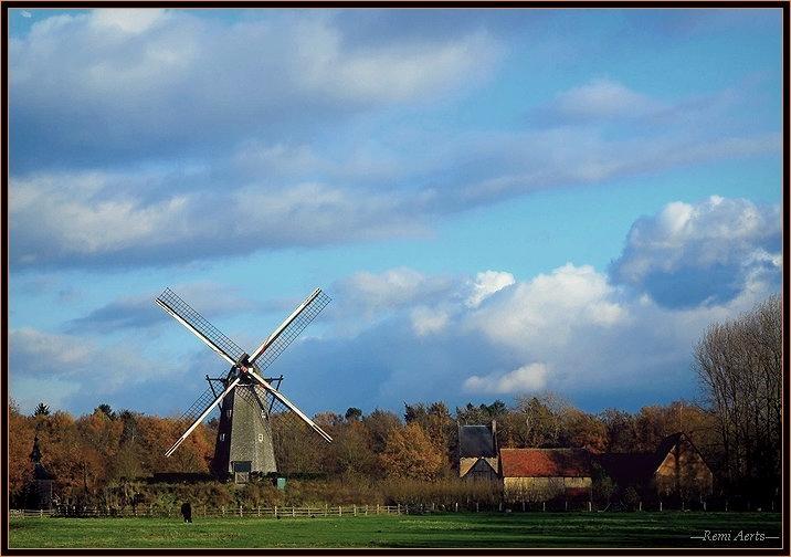 """photo """"bleu sky"""" tags: landscape, architecture, clouds"""
