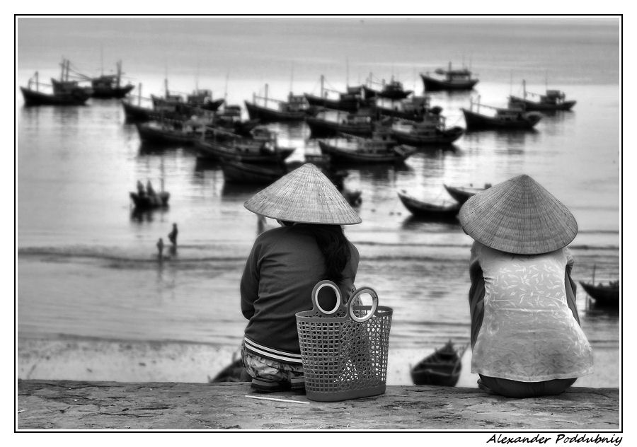 "photo ""***"" tags: travel, black&white, Asia"