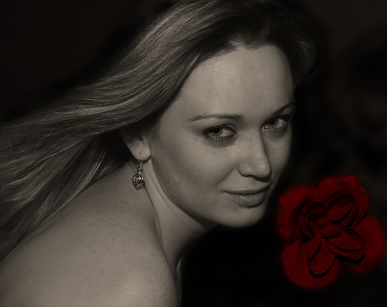 "photo ""With Rose..."" tags: portrait, woman"