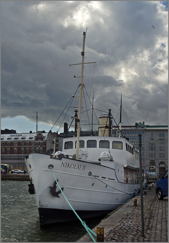 "photo ""Helsinki. Port"" tags: technics, travel, Europe"