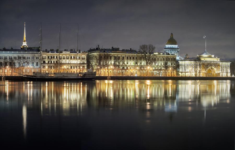 """фото """"Ночная Адмиралтейская набережная"""" метки: город,"""