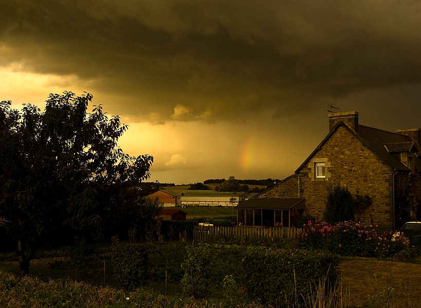 "photo ""A thunderstorm went away"" tags: landscape,"