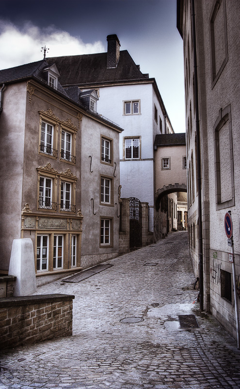 "photo ""Luxembourg lonely ..."" tags: travel, architecture, landscape, Europe"