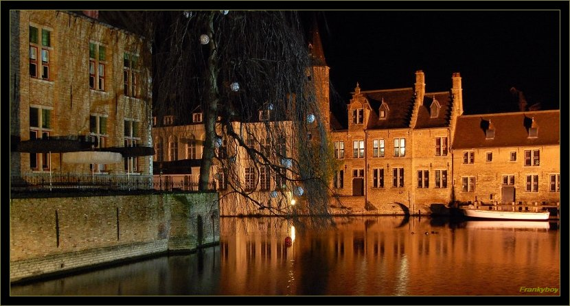 "photo ""Brugges 2"" tags: landscape, night"