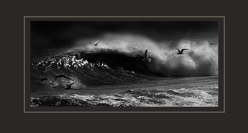 "photo ""wave"" tags: landscape, black&white, water"