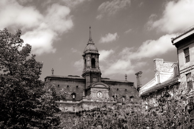 "photo ""The Clock"" tags: architecture, black&white, landscape,"