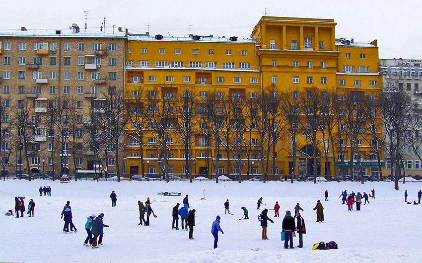 "photo ""Skating."" tags: landscape, city, winter"