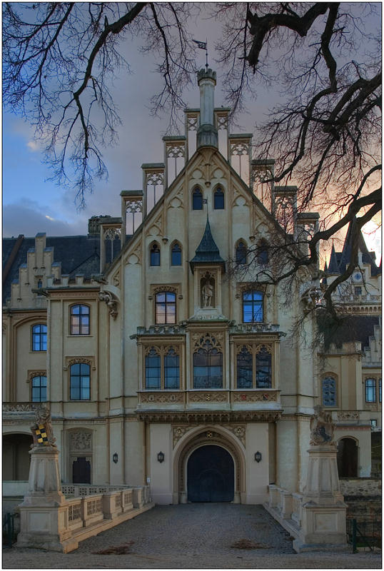 "photo ""Palace Graffenegg-2"" tags: architecture, travel, landscape, Europe"