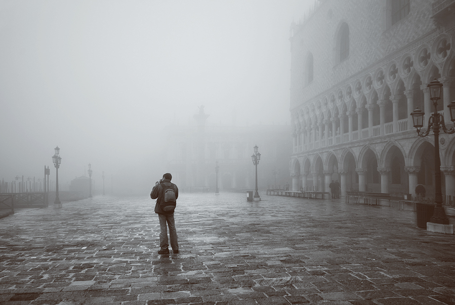 "photo ""Photographer and Venice"" tags: architecture, travel, landscape, Europe"