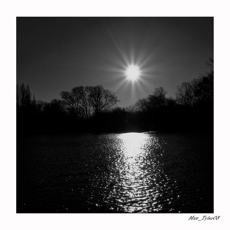 "photo ""Midnightsun"" tags: landscape, sunset"