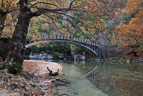 "photo ""Old Bridge"" tags: landscape, water"