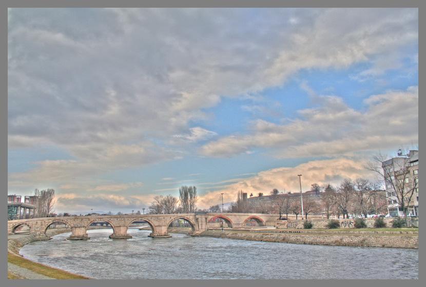 """photo """"Stone Bridge"""" tags: architecture, landscape, clouds"""