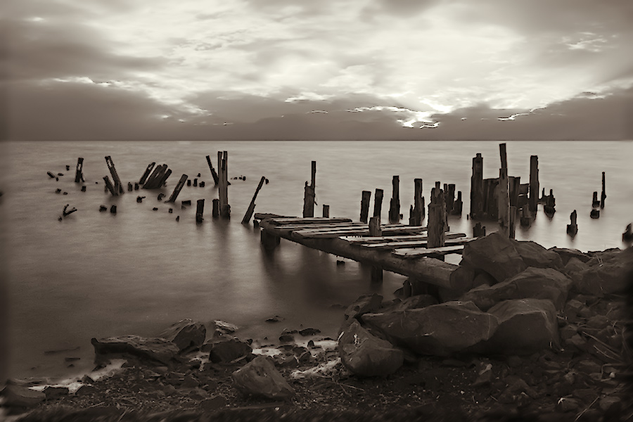 "photo ""The old wharf"" tags: landscape, water"