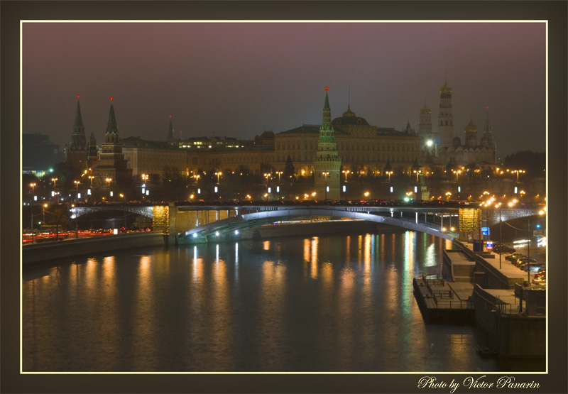 "photo ""Night Moscow. On merge of two rivers"" tags: architecture, landscape,"