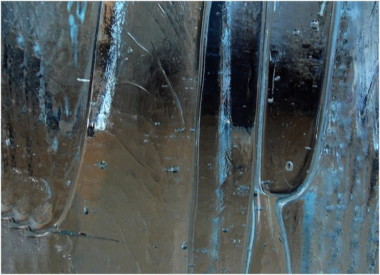 "photo ""glass world"" tags: macro and close-up, abstract,"